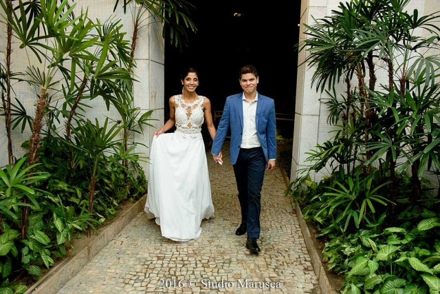 Vídeo e fotos do casamento de Maria Angelica e Raphael.