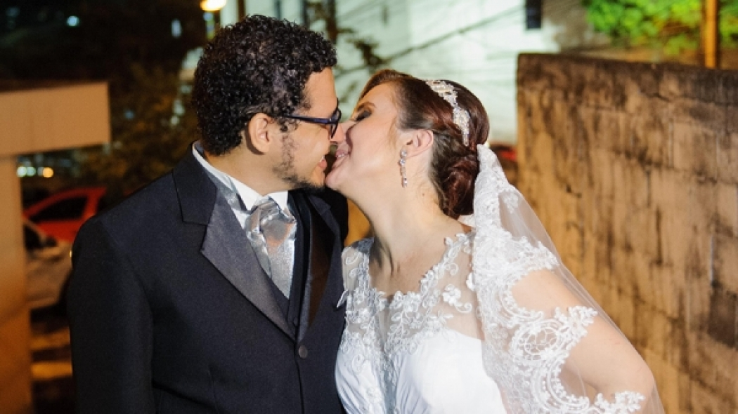 Vídeo e fotos do casamento de Dolores e Elton
